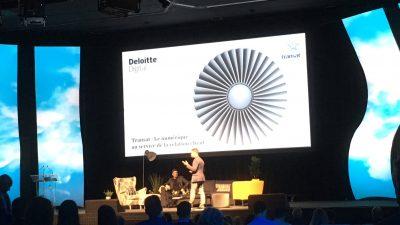 Photographie prise lors d'une conférence au eCOM MTL 2017 montrant un conférencier de Deloitte Digital