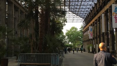 Photographie du hall central de l'événement Web2Day