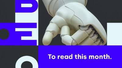 Libéo logo in front of robot hands